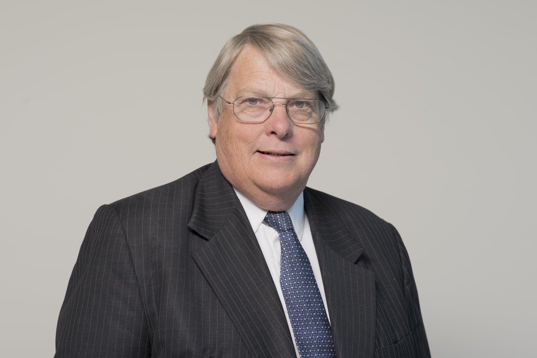 Dr Peter Kingsbury
